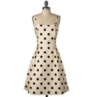 Moving on to polka dot dresses